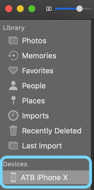 Manually select your device from the left sidebar in the Photos App for Mac