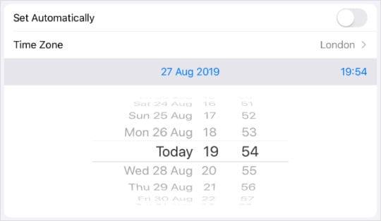 Manually Set Date & Time Settings in iPad