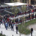 Apple Istanbul store opens to public, Tim Cook 'Teşekkür ederim' (pictures)