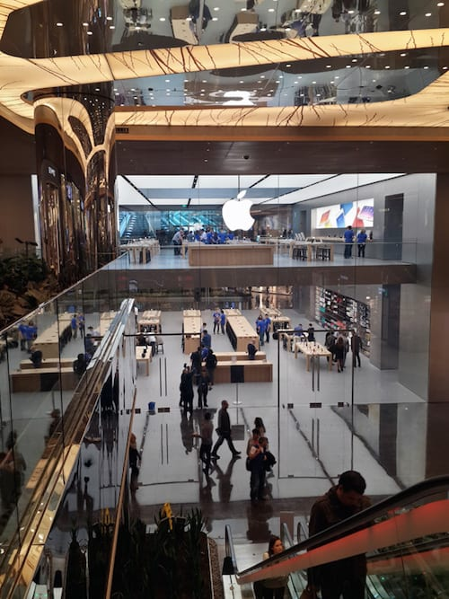 apple-store-istanbul-zorlu-center-scroll-8