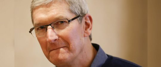 rtr_tim_cook_apple_jc_151221_v22x15_12x5_1600