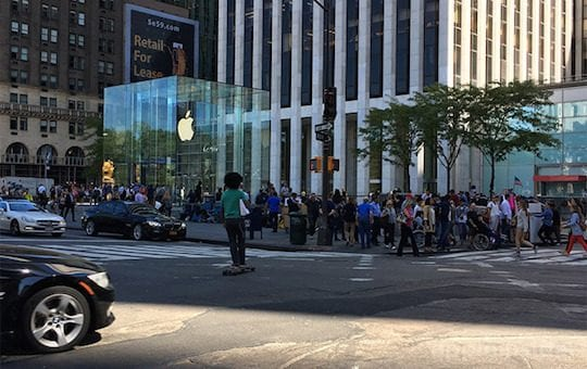Apple iPhone 7 Sales