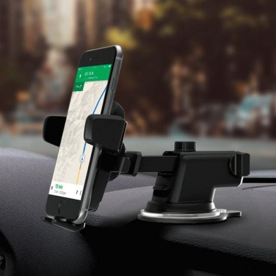 Top 5 iPhone 7 Car Mounts You Can Gift Yourself