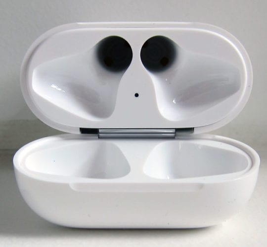 AirPods case with no AirPods