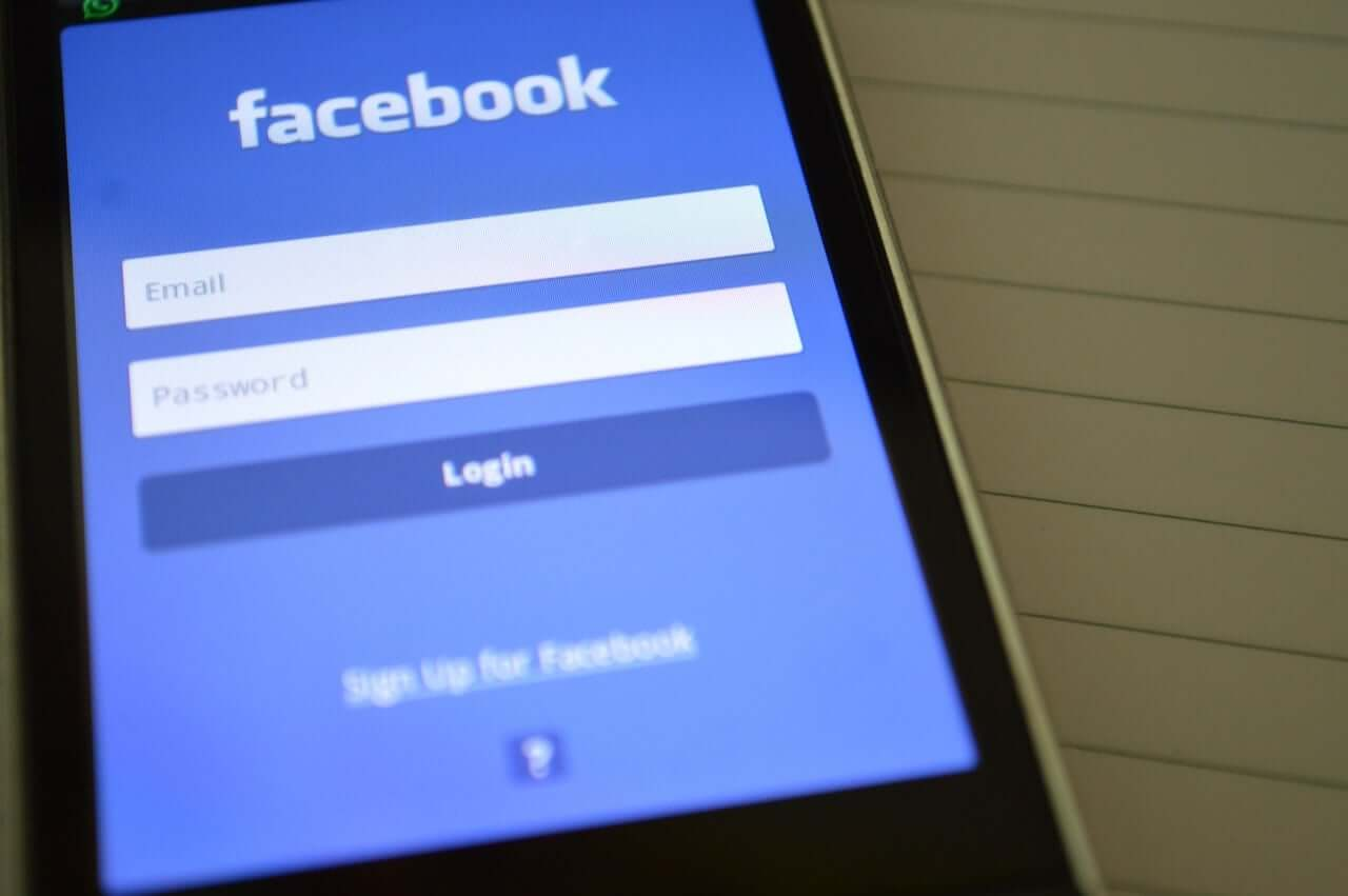 How To Add Facebook Events to Your iPhone's or iPad's