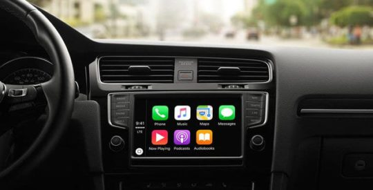 CarPlay podcast app for Apple