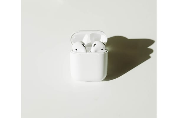 3dcb05aef2e AirPods or Headphones Only Playing in One Ear, How-To Fix - AppleToolBox