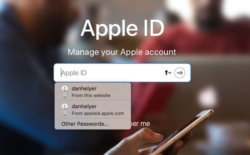 How to remove duplicate entries from iCloud Keychain