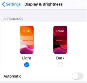 iOS 13 Light and Dark settings