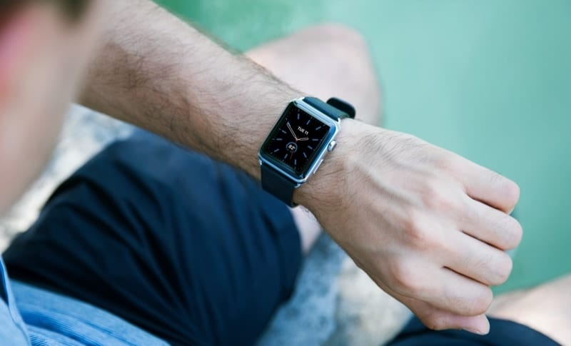 Man wearing Apple Watch