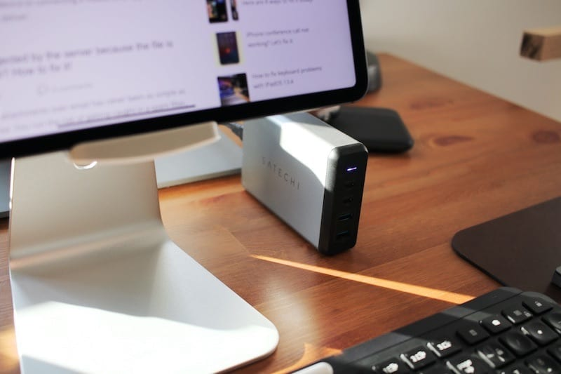 Satechi Charging Dock on Desk