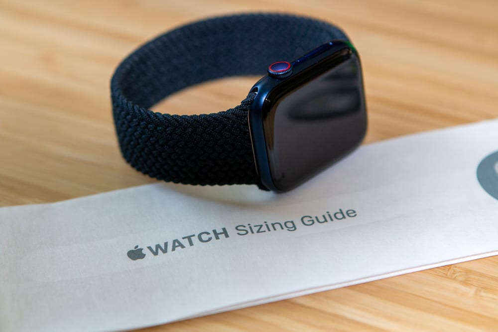 How to find your size with the Apple Watch Braided Solo Loop band Hero