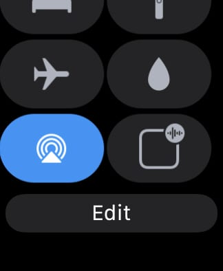 Announce messages option in Control Center on Apple Watch turned off