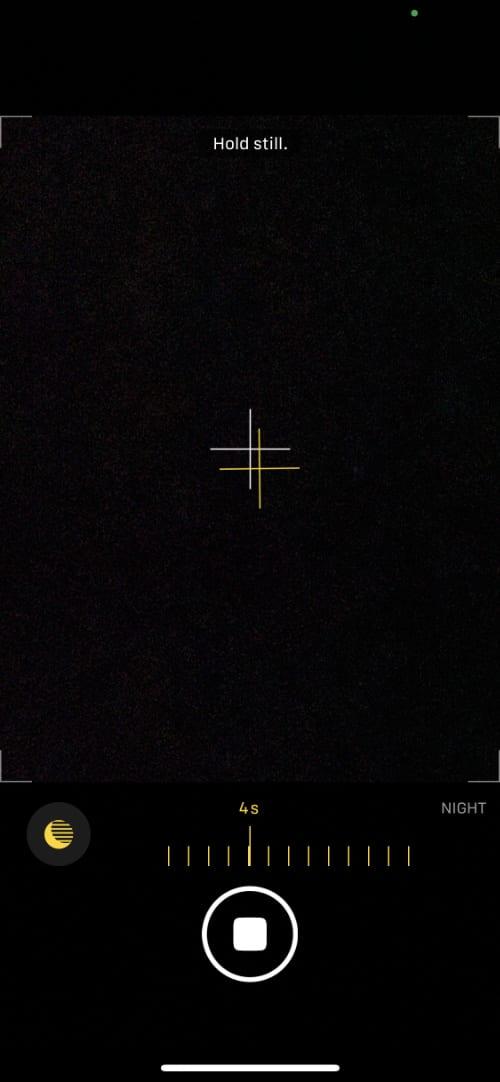 iPhone Night Mode crosshair