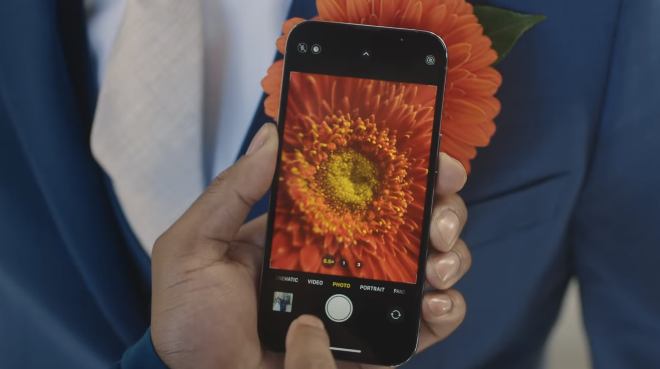 How To Use Macro Mode on iPhone 13 Pro